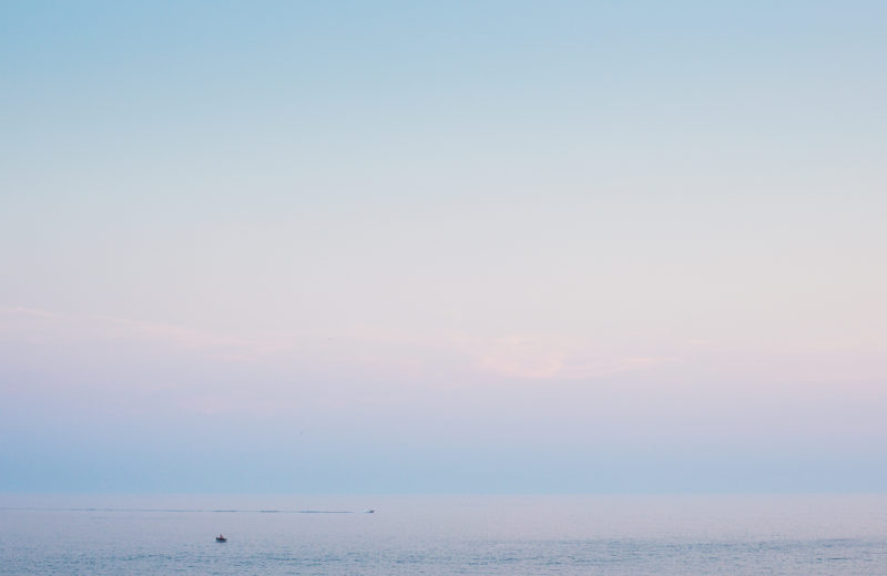 minimalist-evening-sea-horizon-picjumbo-com